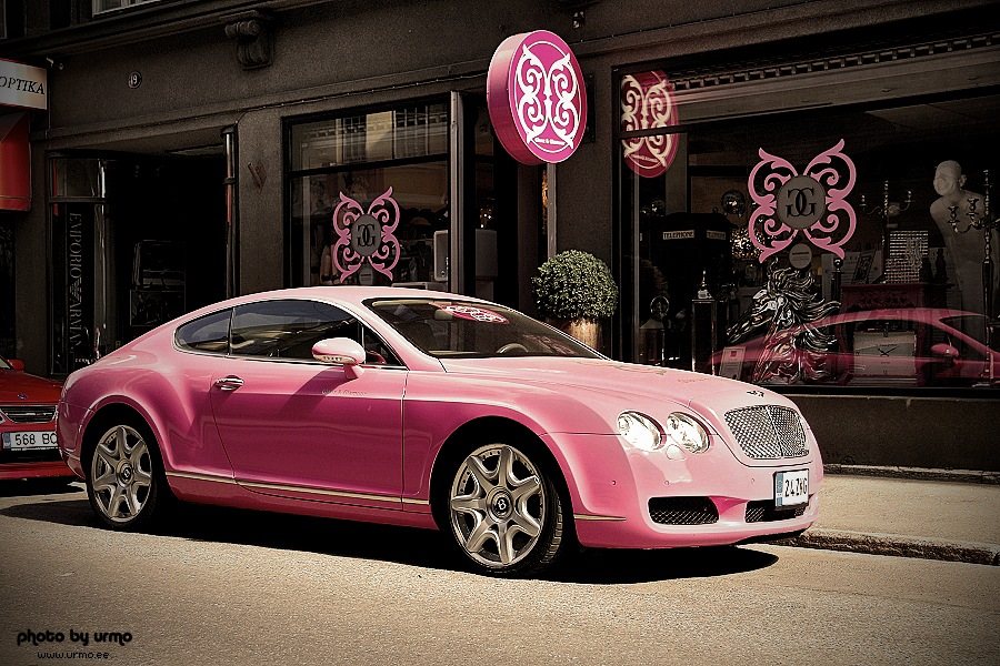 Pink Bentley Continental GT @ Tallinn